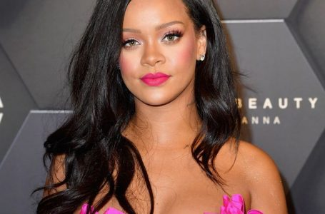 Rihanna Goes Makeup Free With Cornrows In Her Hair