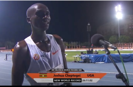 SMASHED Joshua Cheptegei Breaks 10,000m World Record