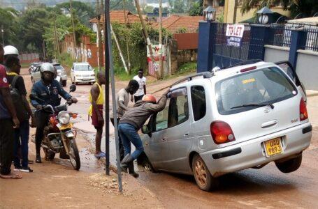 PATHETIC: Potholed Kampala City Roads Causing Loss Of $800m Annually